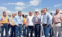 三一港机登陆危地马拉 总统为产品剪彩