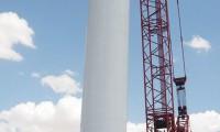 草原钢城新宝GG履带起重机起吊风电设备