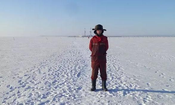 雪地守护者