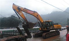 丽水滑坡 三一出动10台挖掘机参与救援