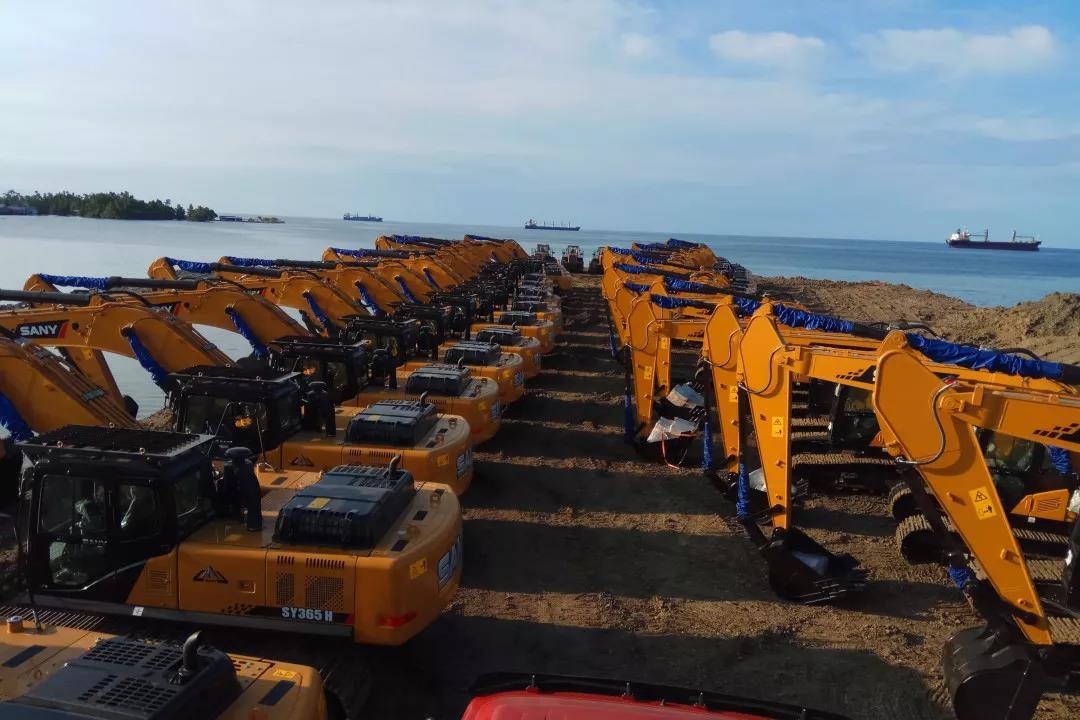 这不是特效!600台三一挖掘机参建印尼青山工业园,整个岛全是SANY