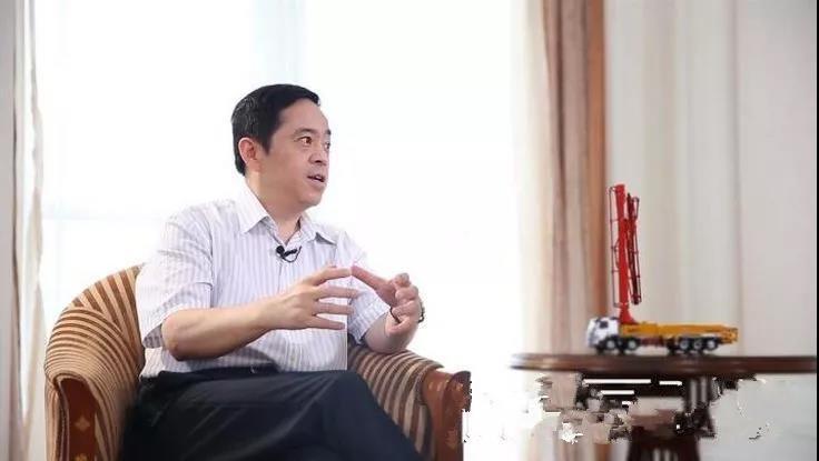 向文波:企业自信成就世界品牌,我对中国经济很有信心