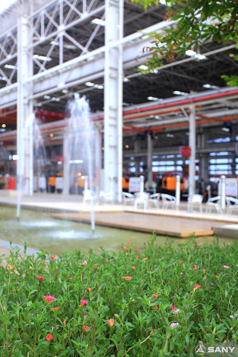 三一员工休息区绿色喷泉景观