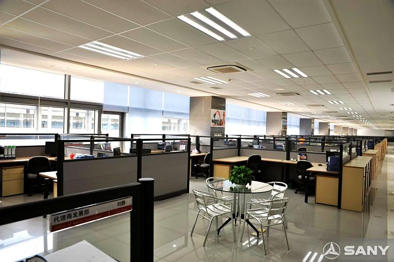 三一重机临港产业园办公楼内景