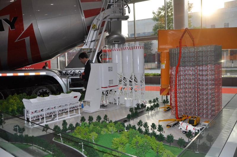 长沙三一工业城展览厅产品模型图