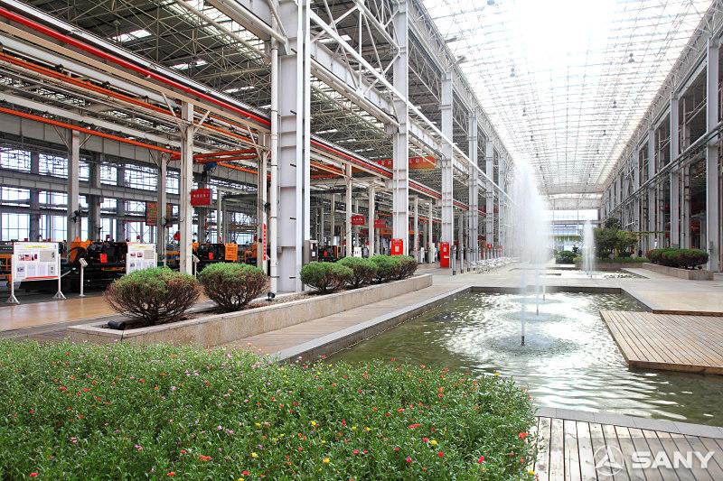 长沙三一工业城厂房内水池